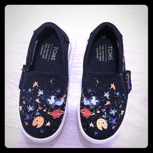 TOMS NEW Kids Toddler Shoes T7 Space Planets Sneak